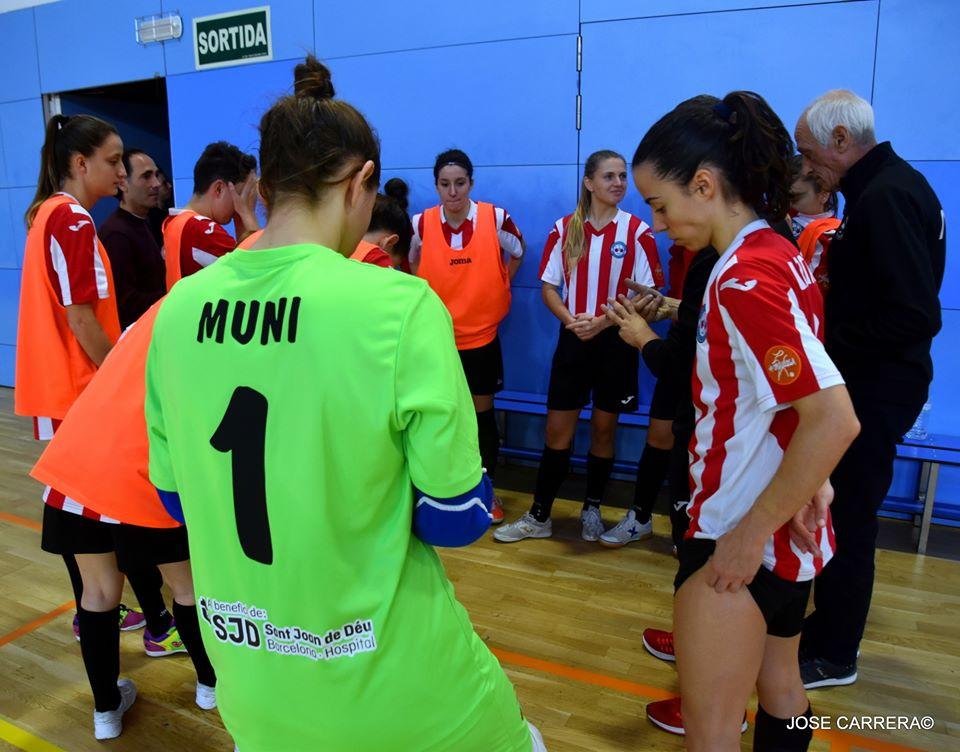 Anna Muniesa: «Competitiva I Compromesa, Intento Ajudar Sempre Al Meu Equip» || Anna Muniesa: «Competitiva Y Comprometida, Intento Ayudar Siempre A Mi Equipo»